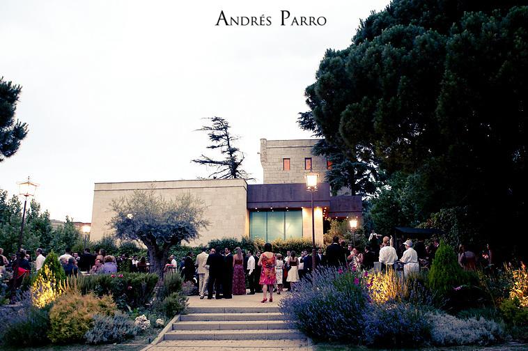 0033_ANDRES PARRO ISSA LEAL RESTAURANTE CASA BURGOS ARACELI MADRID PRONOVIAS