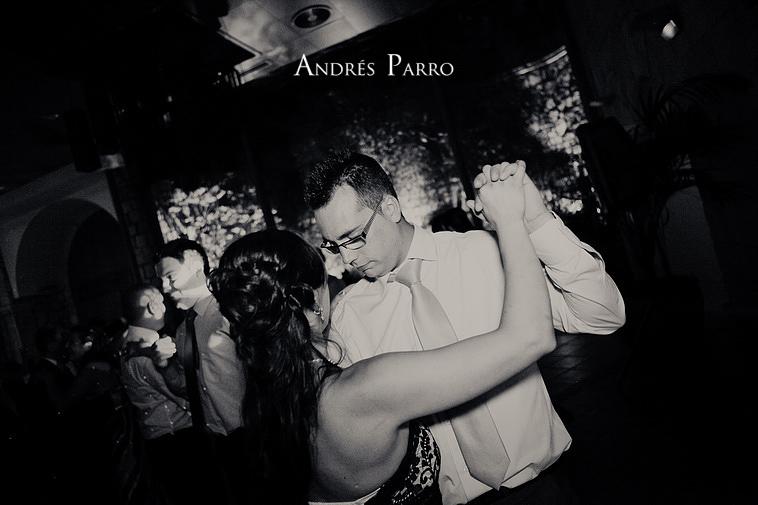 0054_ANDRES PARRO ISSA LEAL RESTAURANTE CASA BURGOS ARACELI MADRID PRONOVIAS